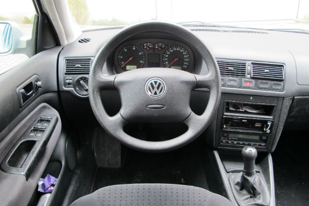 Test langeduurtests vw golf 1 6 tdi slot autowereld for Interieur golf 4