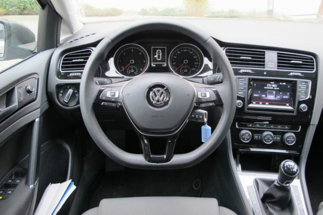 Test langeduurtests vw golf 1 6 tdi slot autowereld for Interieur golf