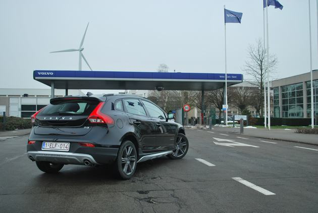 Slot volvo v40 slots and poker applications list for brand volvo model v40 y555 fandeluxe Image collections
