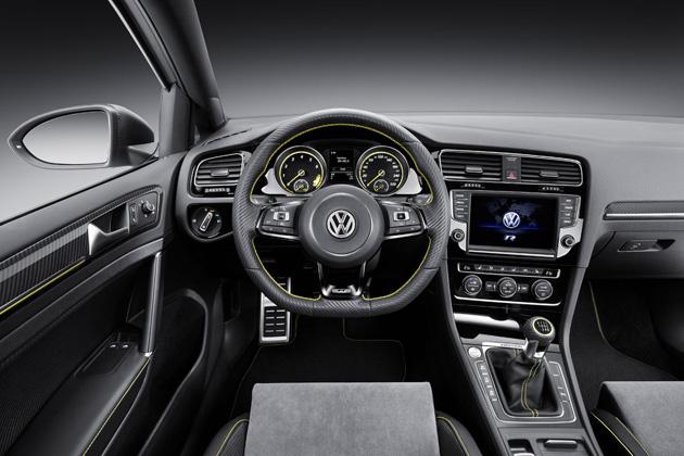 VolkswagenGolfR400Interieur