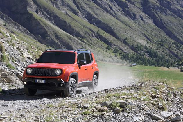 03_Renegade_Trailhawk