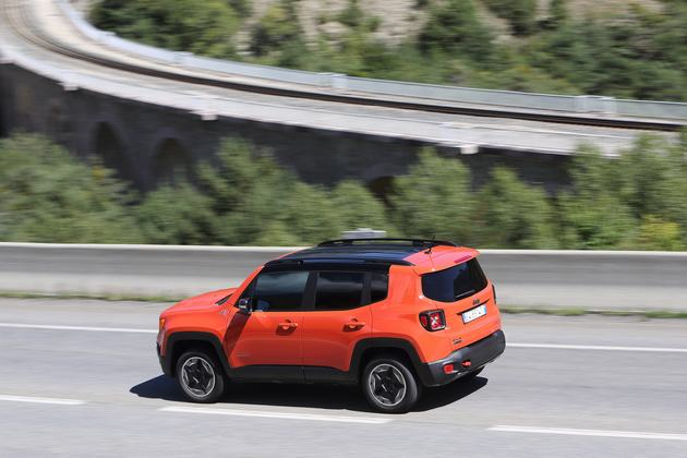 22_Renegade_Trailhawk