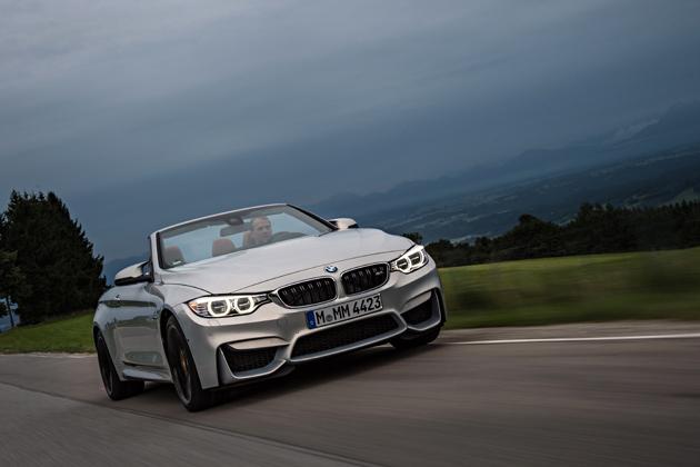 BMWM4CABRIORIJDEND1