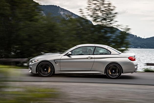 BMWM4CABRIORIJDEND3