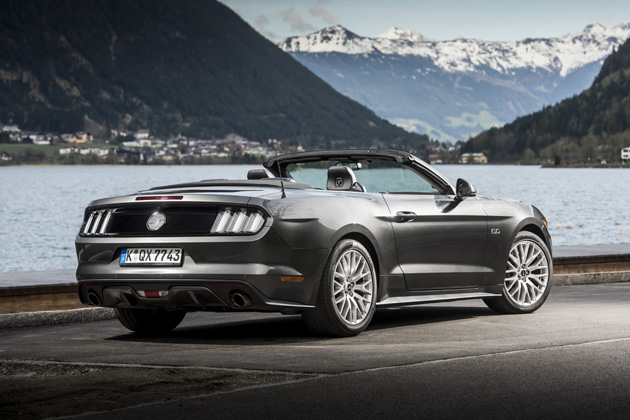 test wegtest ford mustang 2 3 ecoboost convertible 2015. Black Bedroom Furniture Sets. Home Design Ideas