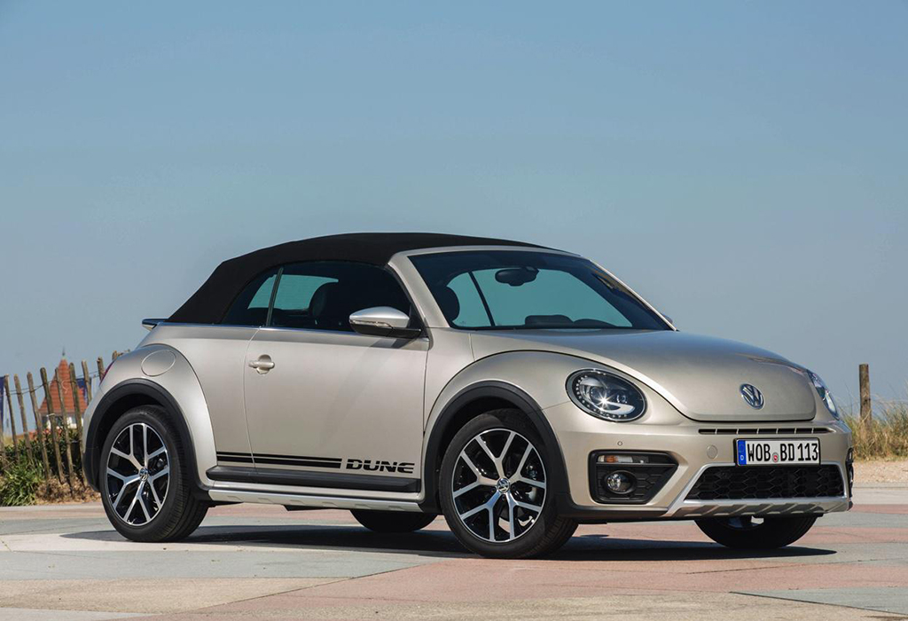 test vw beetle dune 1 4 tsi cabrio 2016 autowereld. Black Bedroom Furniture Sets. Home Design Ideas