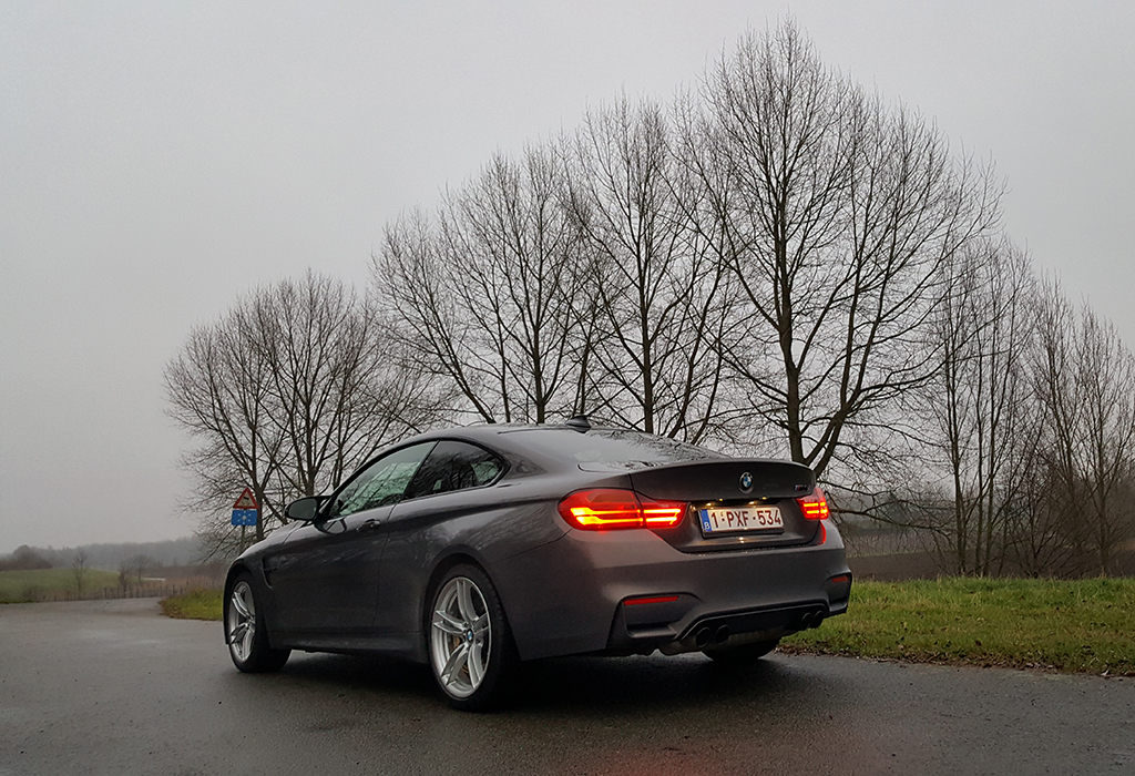 BMW M4 Competition Pack - AutoWereld (KJ)