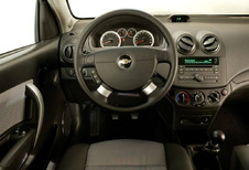 Chevrolet Aveo 5p - 1.2 70 LS (2011)