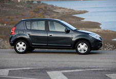 Dacia Sandero - 1.5 dCi 70 Laureate (2008)
