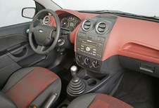 Ford Fiesta 3p - 2.0i ST (2002)