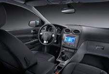 Ford Focus 5p - 1.8 TDCi Ghia (2004)