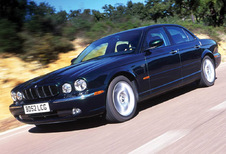 Jaguar XJ - XJ6 2.7 V6 D Executive (2003)