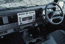 Land Rover Defender 5d - Station Wagon Td4 SE (1983)