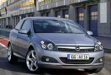 Opel Astra GTC 1.6 T Cosmo (2005)