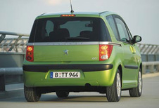 Peugeot 1007 - 1.6 HDi Sporty (2005)