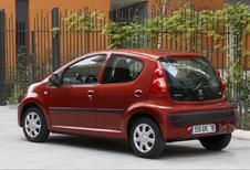 Peugeot 107 5p - 1.0 Trendy (2005)