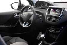 Peugeot 208 5p - 1.6 e-HDi 92 Allure (2012)