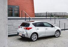 Toyota Auris 5p - 1.8 VVT-i Hybrid CVT Optimal Go HSD (2014)