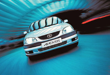 Toyota Avensis - 1.6 VTT-i sol (2000)