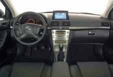 Toyota Avensis - 2.0 D-4D 116 Linea Sol (2003)