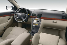 Toyota Avensis Wagon - 2.0 D-4D Linea Luna (2003)