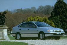Toyota Carina 5p - 2.0 GLi (1992)