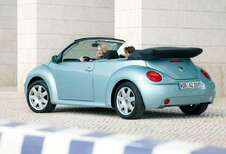 Volkswagen Beetle Cabrio - 1.6 (2003)