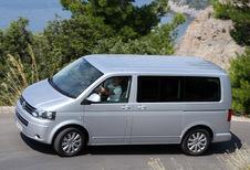 Volkswagen Multivan 4p - 2.0 TDI 102 Comfortline (2009)