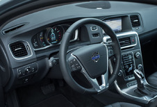 Volvo V60 - D2 Momentum (2018)