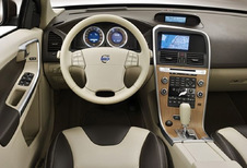 Volvo XC60 - D3 AWD Summum (2008)