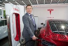 Tesla: meer klanten, maar nog altijd rode cijfers
