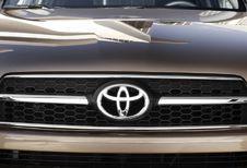 Toyota roept RAV-4's terug