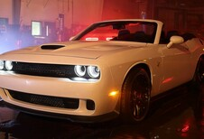 Une Dodge Challenger Hellcat cabriolet