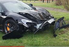 McLaren crasht enkele minuten na aflevering