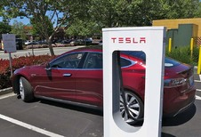 Tesla: snelladers voor Model 3 niet gratis