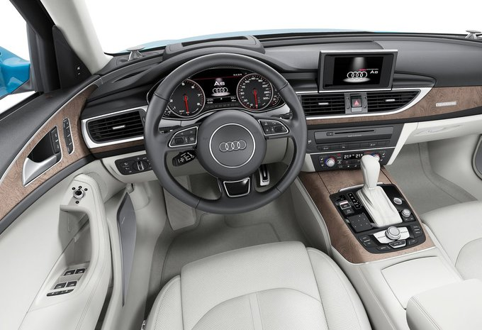 audi a6 1 8 tfsi ultra 140kw s tronic 2017 prix moniteur automobile. Black Bedroom Furniture Sets. Home Design Ideas