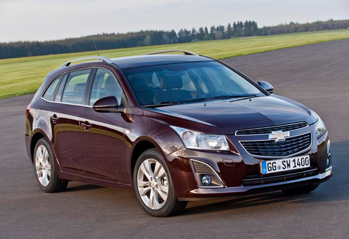 chevrolet cruze sw 1 4 t ltz 2012 prix moniteur automobile. Black Bedroom Furniture Sets. Home Design Ideas
