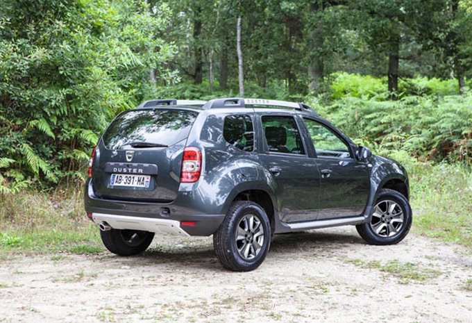 dacia duster 1 5 dci 110 4x4 prestige 2013 prix moniteur automobile. Black Bedroom Furniture Sets. Home Design Ideas