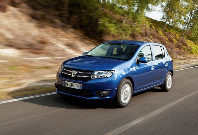 prijs dacia sandero 0 9 tce 90 stepway plus 2015 autogids. Black Bedroom Furniture Sets. Home Design Ideas
