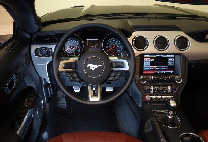 ford mustang cabrio ecoboost 2016 technische. Black Bedroom Furniture Sets. Home Design Ideas