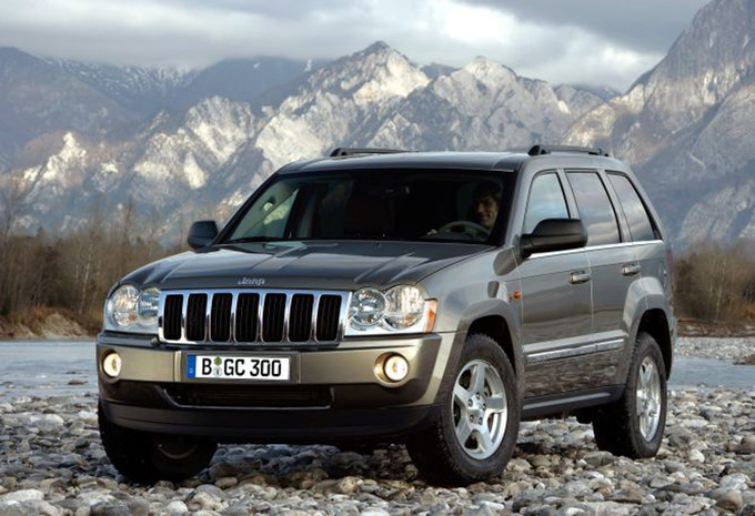 jeep grand cherokee 4 7 v8 limited 2005 prix moniteur automobile. Black Bedroom Furniture Sets. Home Design Ideas