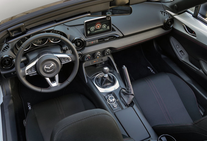mazda mx 5 1 5 skyactiv g 96kw skymove 2016 prix. Black Bedroom Furniture Sets. Home Design Ideas