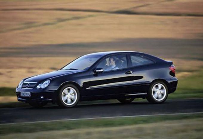 Sp cifications techniques mercedes benz classe c coup - Mercedes classe c coupe sport occasion ...