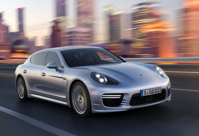 porsche panamera 2 9 4s 2017 prix moniteur automobile. Black Bedroom Furniture Sets. Home Design Ideas