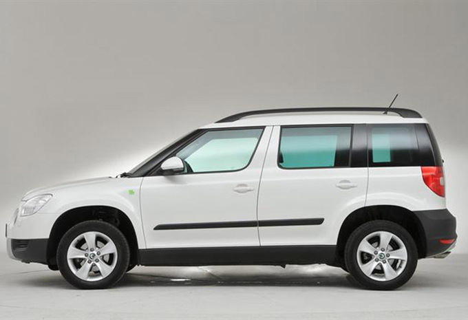 sp cifications techniques skoda yeti 2 0 crtdi 125kw dsg 4x4 elegance 2015 moniteur automobile. Black Bedroom Furniture Sets. Home Design Ideas