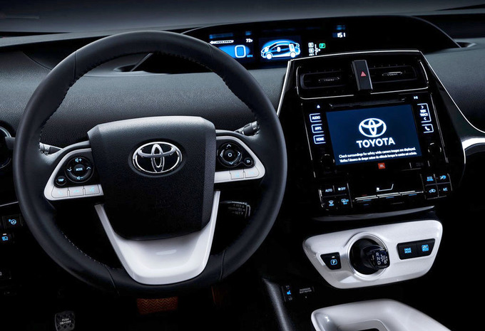 toyota prius 1 8 vvt i hybrid lounge 2016 prix moniteur automobile. Black Bedroom Furniture Sets. Home Design Ideas