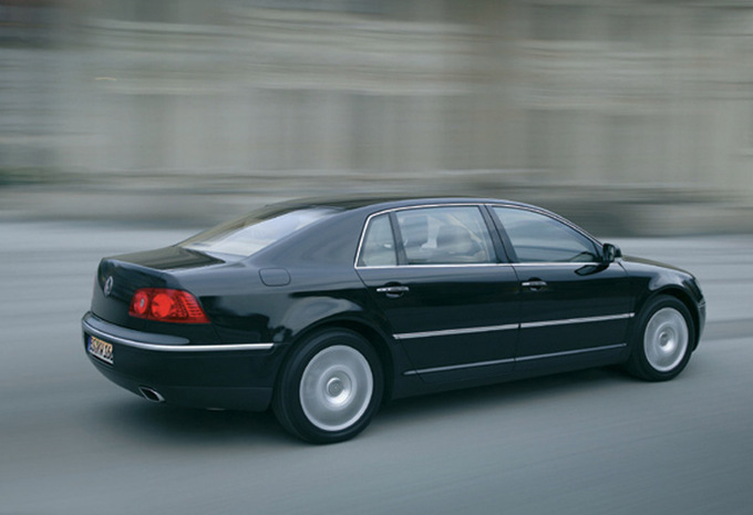 volkswagen phaeton 5 0 v10 tdi 4motion 2003 prix. Black Bedroom Furniture Sets. Home Design Ideas