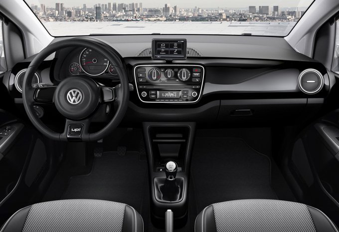 volkswagen up 3p 1 0 mpi 55kw bmt club up 2016 prix moniteur automobile. Black Bedroom Furniture Sets. Home Design Ideas