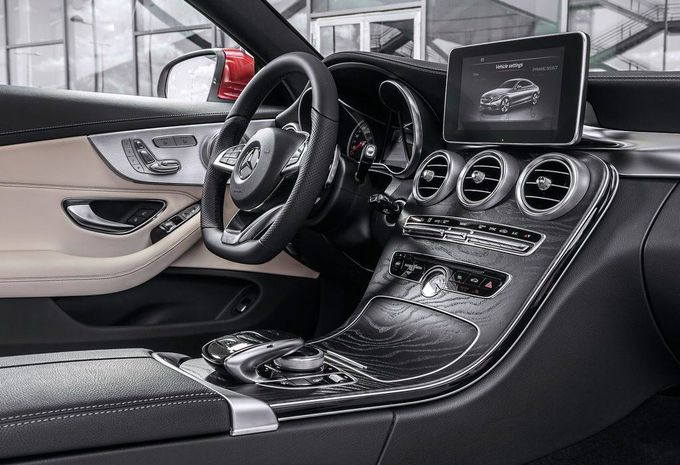 Mercedes-Benz-Classe-C-Coupe-2015-M-06