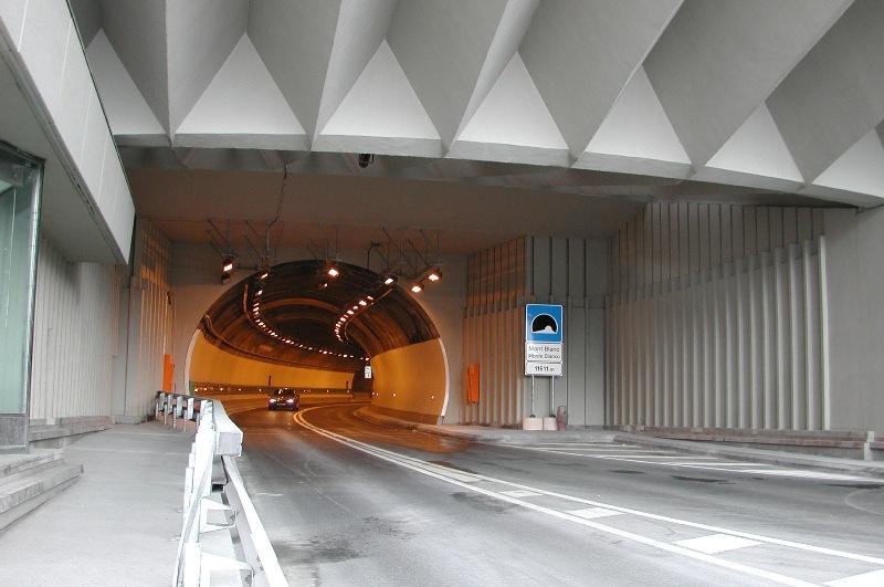 conseils tunnels p 233 age le moniteur automobile
